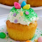 Easter Colorful Cupcakes - Featured Image