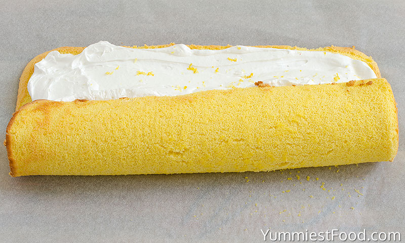 Lemon Swiss Roll - Making - Step 4