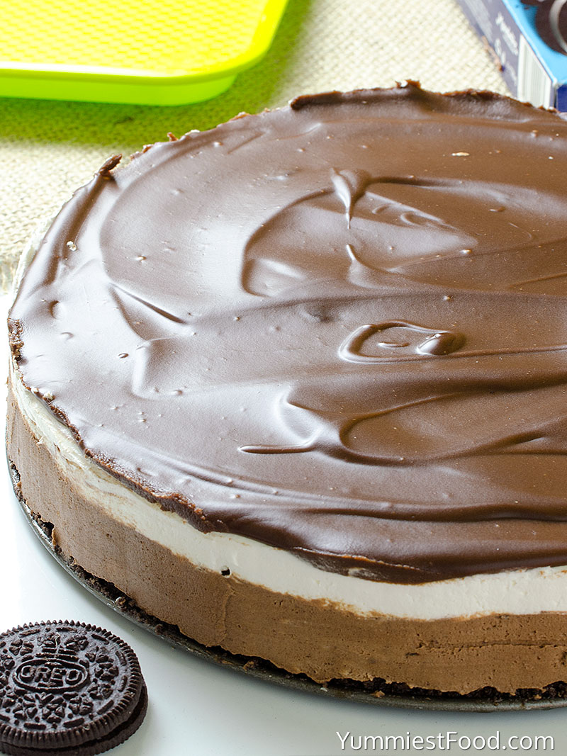 Chocolate Cheesecake with Oreo Crust