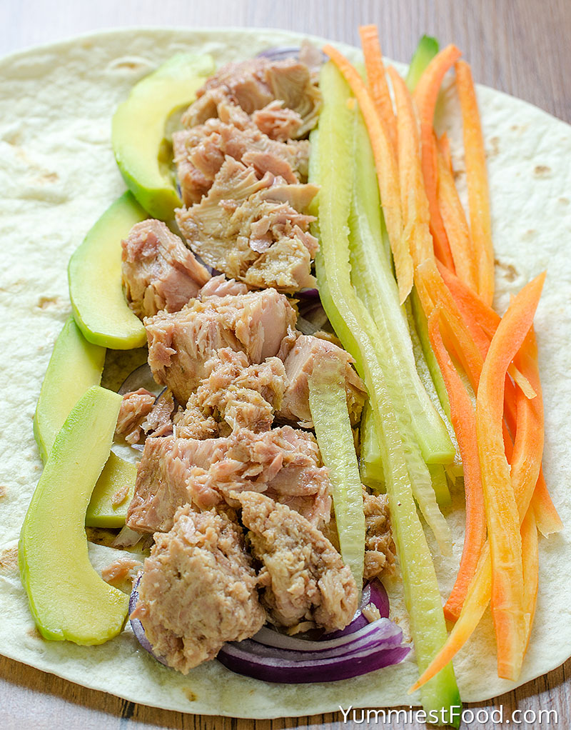 Making Healthy Tuna Wraps