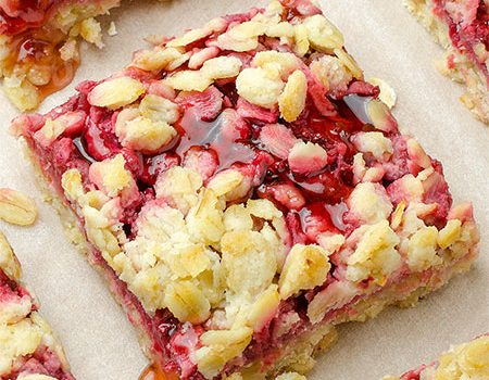 Healthy Breakfast Strawberry Oatmeal Bars - Featured Image