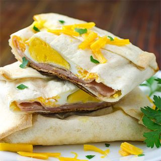Easy Ham and Cheese Breakfast Pockets - Featured Image
