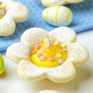 Easter Mini Lemon Tarts - Featured Image