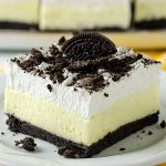 No Bake Oreo Vanilla Pudding Cake - Featured Image