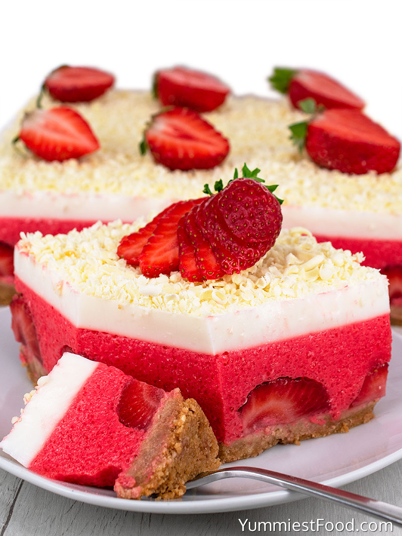 No Bake Strawberry Cheesecake Lasagna - Cutted