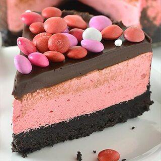 No Bake Strawberry Milkshake Cheesecake - Featured Image